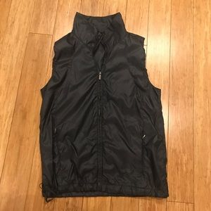 GAP BODY FIT Gray Athleisure Vest
